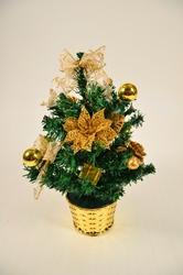 Новогодние елочки и сосны украшенные от Интернет магазина